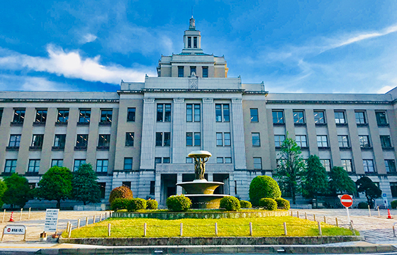 滋賀県庁の写真
