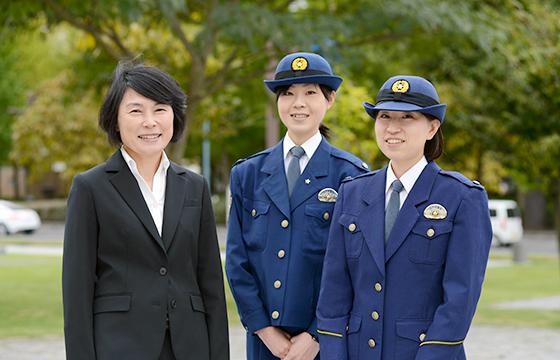 栃木県警察女性も活躍!