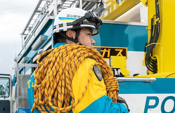 富山県警察署警察署地域課員警察官採用