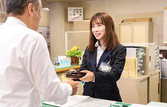 富山県警察署会計課警察事務採用
