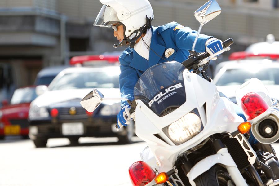 愛知県警察白バイ隊員